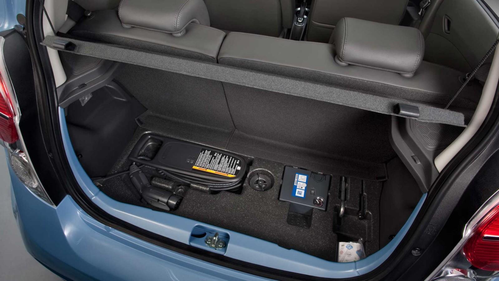 2017 Chevy Spark Ev Interior Trunck