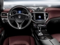 2015 Maserati Levante Interior