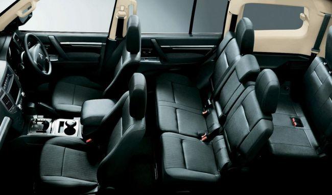 2015 mitsubishi pajero interior - Mitsubishi Montero 2015 Interior