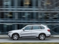 2016-BMW-X5xDrive40e-luxury-SUV_17.jpg