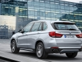 2016-BMW-X5xDrive40e-luxury-SUV_18.jpg