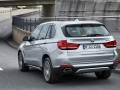 2016-BMW-X5xDrive40e-luxury-SUV_20.jpg