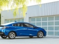 2016-chevy-volt-electric-car_03