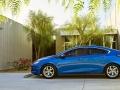 2016-chevy-volt-electric-car_07