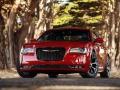 2016-Chrysler-300-3