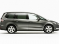 2016 Ford Galaxy minivan 12.jpg