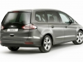 2016 Ford Galaxy minivan 13.jpg