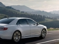 2016 Lincoln Continental On the road