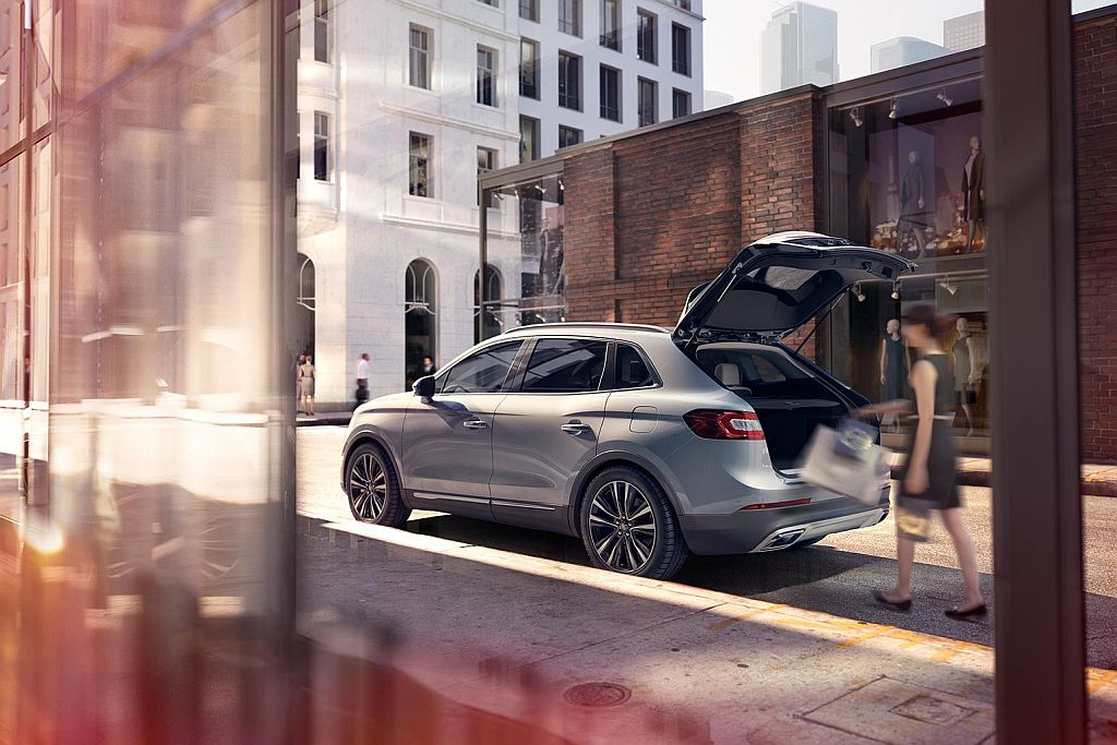 2016-lincoln-mkx-luxury-crossover-suv_03