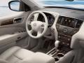 2016-Nissan-Pathfinder 4
