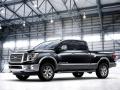 2016-Nissan-Titan-Diesel-XD_07