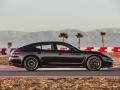 2016 Porsche Panamera 13