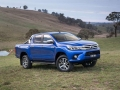 Toyota HiLux 2016 pickup truck 04