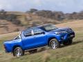 Toyota HiLux 2016 pickup truck 09