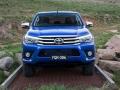 Toyota HiLux 2016 pickup truck 12