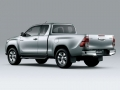 Toyota HiLux 2016 pickup truck 17