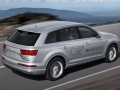 2017 Audi Q7 SUV Rear Right Side