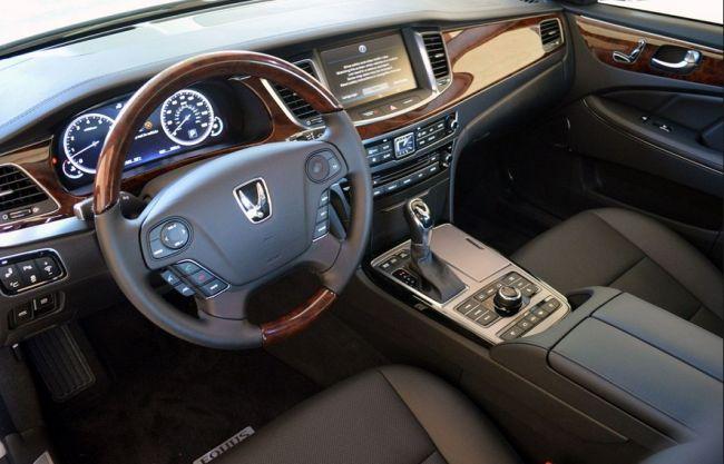2017 Hyundai Equus Dashboard