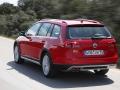 2017 Volkswagen Golf SportWagen Alltrack 09.jpg
