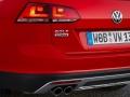 2017 Volkswagen Golf SportWagen Alltrack 15.jpg