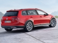 2017 Volkswagen Golf SportWagen Alltrack 17.jpg
