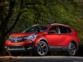 2018 Honda CR-V posing