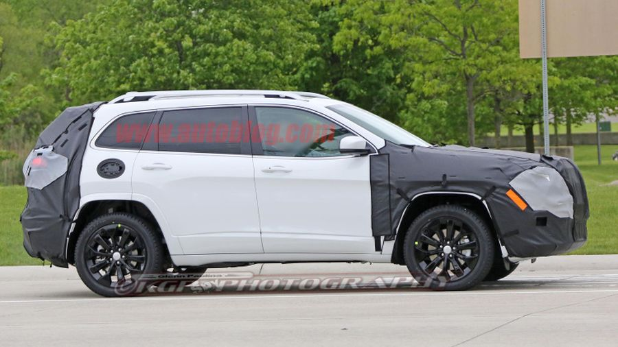 Great 2018 Jeep Cherokee Side View