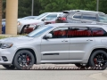 2018 Jeep Grand Cherokee Trackhawk Side View