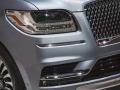 2018 Lincoln Navigator headlights