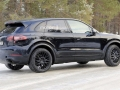 2018 Porsche Cayenne in motion