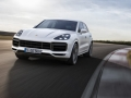 2019 Porsche Cayenne headlights