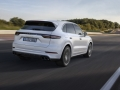 2019 Porsche Cayenne rear right end