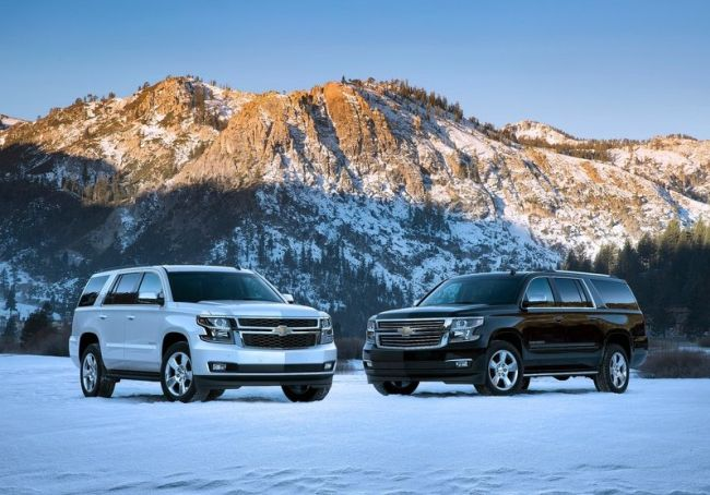 2015 Chevy Tahoe Black and White