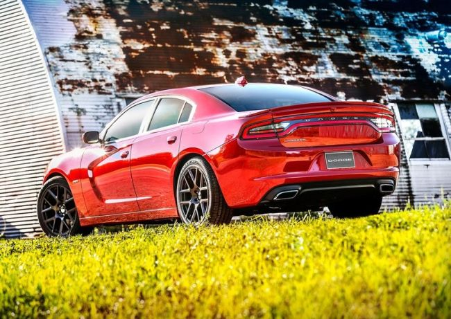 2015 Dodge Charger Rear Right Side
