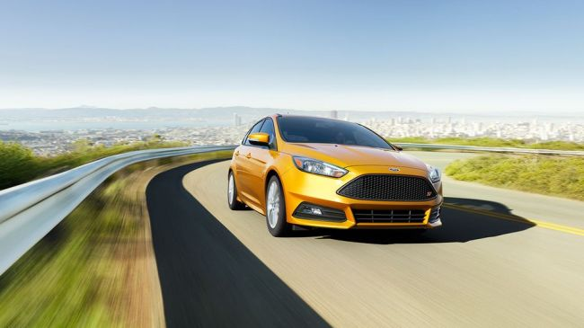 2015 Ford Focus On the road