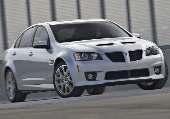 2015 Pontiac G8 Front Right Side