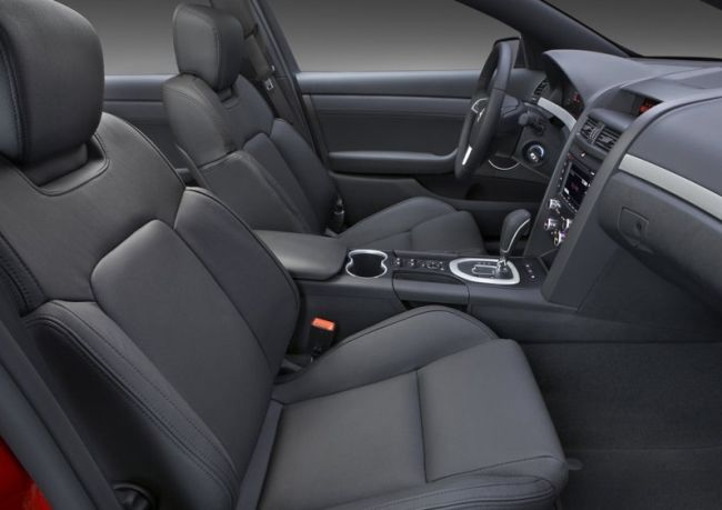 2015 Pontiac G8 Interior Side View