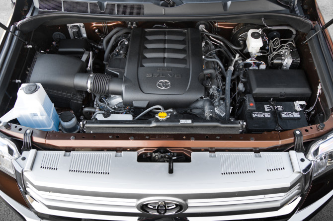 2015 Toyota Tundra Engine