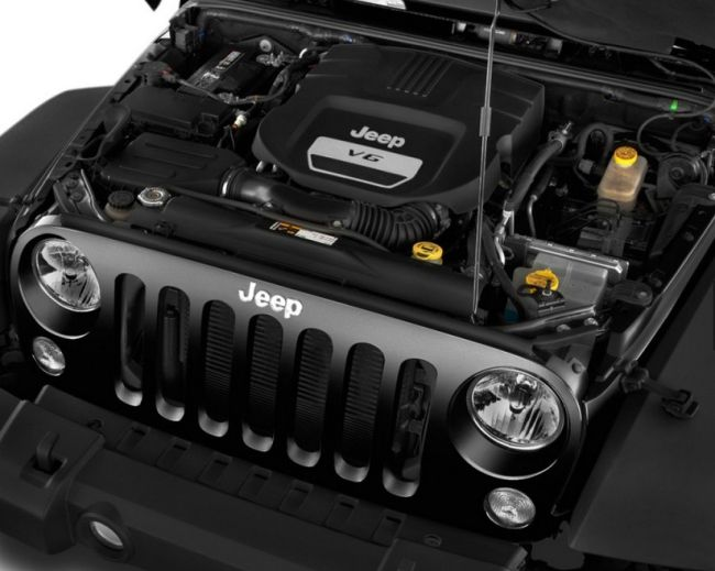 2016 Jeep Wrangler Engine
