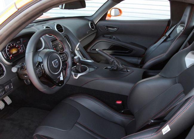 2014 Dodge Viper Interior