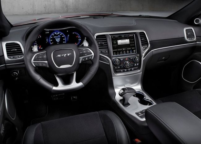 2014 Grand Cherokee SRT8 Dashboard