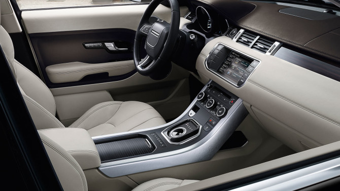 2015 Land Rover Range Rover Evoque Interior
