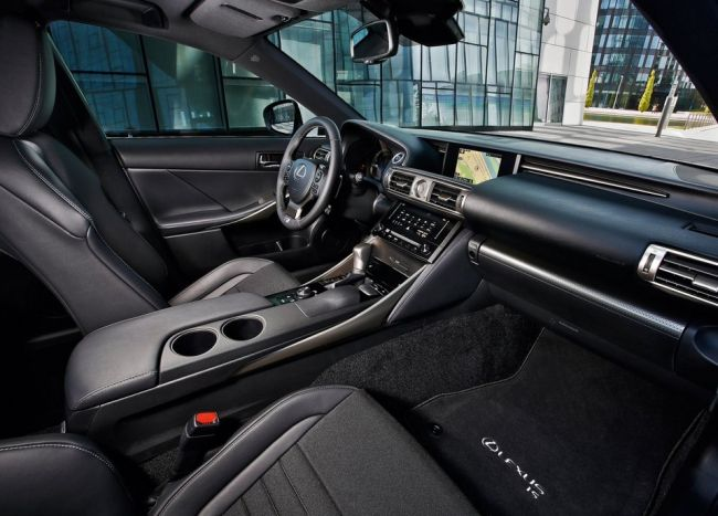 2015 Lexus IS300 Interior