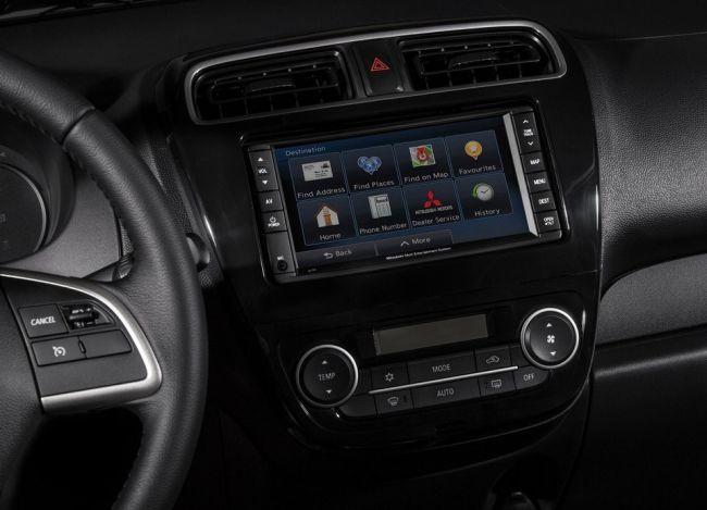 2015 Mitsubishi Mirage Control panel