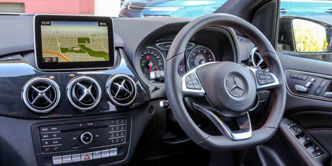 2015 Mercedes B200 Control Panel