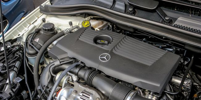 2015 Mercedes B200 Engine