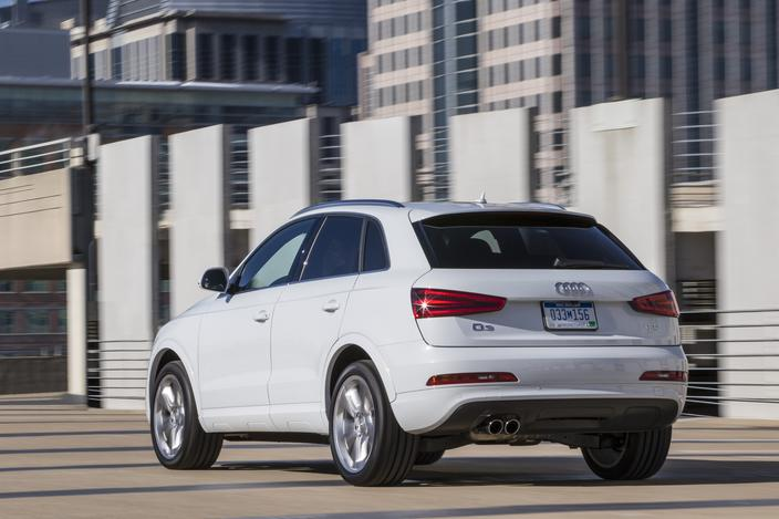 2015 Audi Q3 luxury SUV