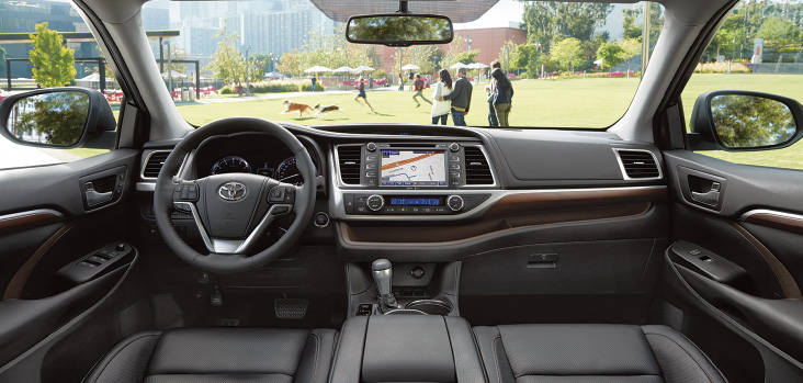 New Toyota Highlander interior