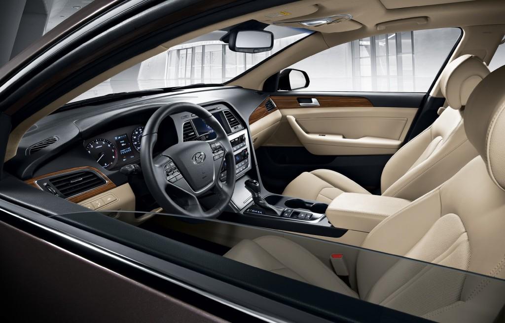 2015 Hyundai Sonata interior