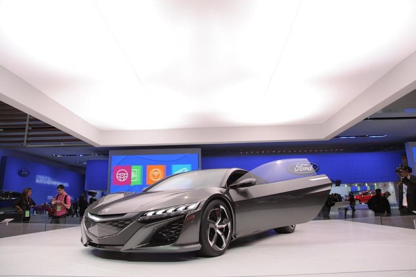2016 Acura NSX cost and specs
